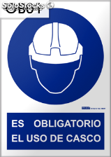 Señal obligatorio casco