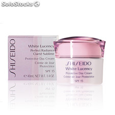 Shiseido - white lucency protective day cream SPF15 40 ml