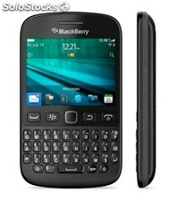 Smartphone BlackBerry 9720 negra