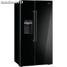Smeg SBS63NED side by side seleccion no frost a+ dispensador negro