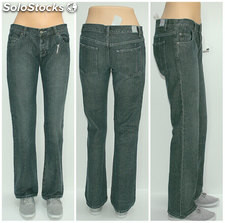 Sprzedam 30szt damskich spodni jeans DC Shoes, For sale mix of 30 jeans DC Shoes
