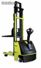 STACKER ELÉCTRICO LX 12/25 INITIAL LIFT