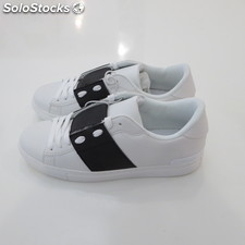 Stock sneackers