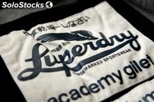 Stock Vêtements Superdry