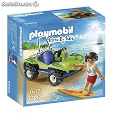Surfista con buggy playmovil