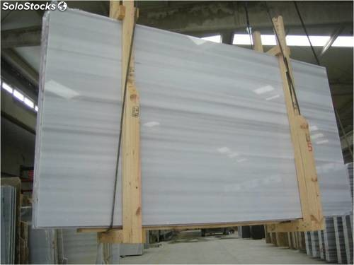Tablas marmol blanco macael veta for Marmol blanco veta gris
