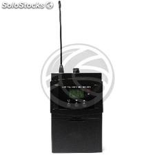 UHF bodypack wireless microphone 825.00 to 849.75 MHz group G2 (XW15)
