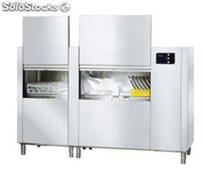 Virtus dish washer with pull-trough rack