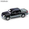 Welly 1:18 chevrolet avalanche
