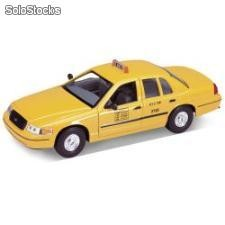 Welly 1:24 ford crown victoria taxi