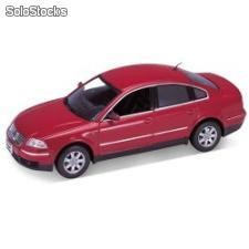 Welly 1:24 vw-volkswagen passat sedan 2001