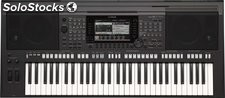 Yamaha PSR-S770 Arranger Workstation Keyboard, 61-Key
