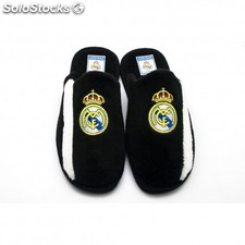 Zapatillas Real Madrid de estar por casa.